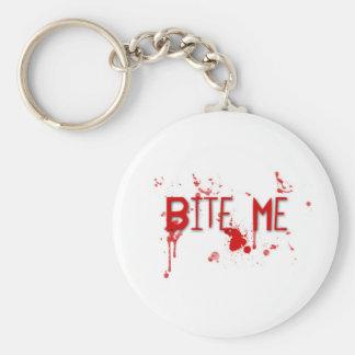 """La sangre verdadera """"me muerde """" llavero redondo tipo pin"""