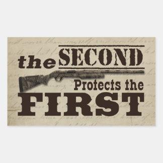 La segunda enmienda protege la Primera Enmienda Pegatina Rectangular