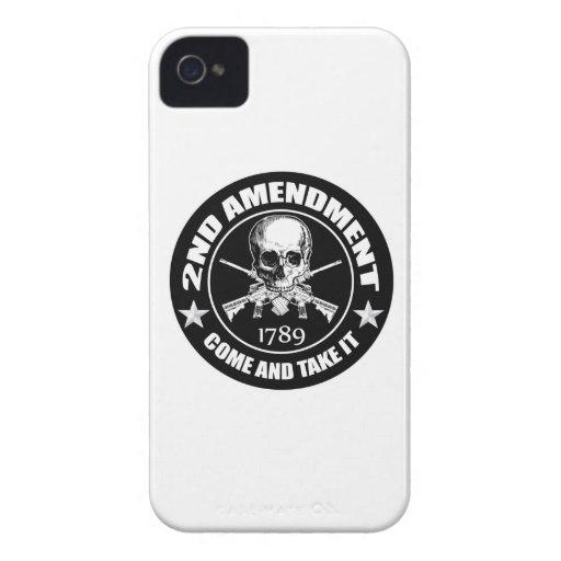 La segunda enmienda viene tomarle el cráneo y AR Case-Mate iPhone 4 Cárcasas