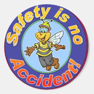 La seguridad no es ningún accidente pegatina redonda