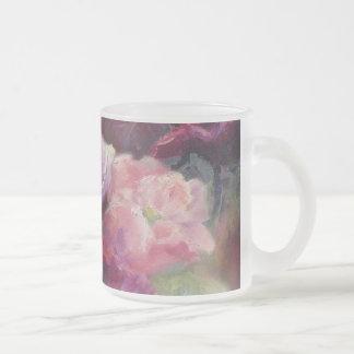 La semilla de amapola preciosa florece la taza