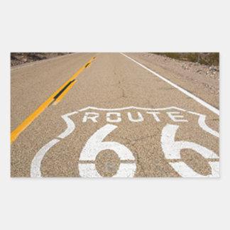 la señal de tráfico de la ruta 66 comienza la pegatina rectangular