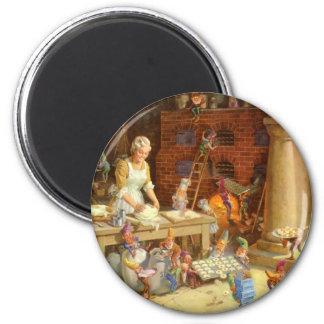 La señora Claus y los duendes cuece las galletas d Imán Redondo 5 Cm
