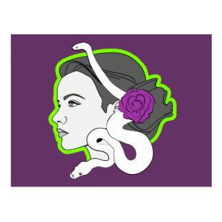 La señora de la serpiente postal