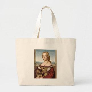 La señora de Raphael con una bolsa de asas del uni