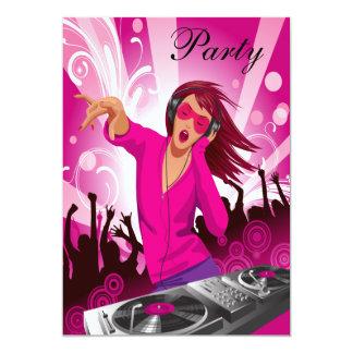 """La señora rosada fabulosa DJ va de fiesta Invitación 5"""" X 7"""""""