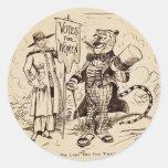 La señora y el tigre de Clifford K. Berryman Pegatina Redonda