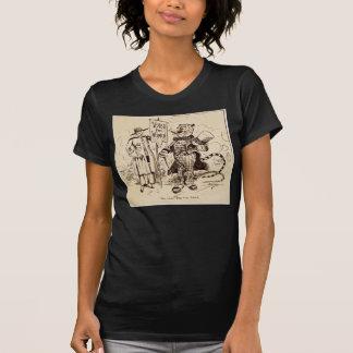 La señora y el tigre de Clifford K. Berryman Camisetas