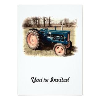 """La sepia entonó el tractor antiguo del vintage invitación 5"""" x 7"""""""