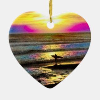 La serie ideal #2 de la persona que practica surf adornos de navidad