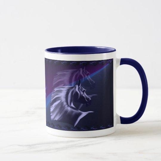 La silueta del caballo sombreó la taza