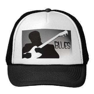 La silueta del jugador de los azules con un proyec gorras de camionero