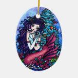 La sirena del árbol de navidad presenta arte de adorno navideño ovalado de cerámica