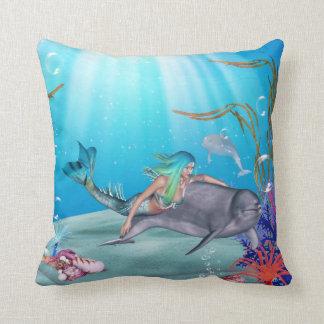 La sirena y la almohada del delfín