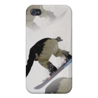 La snowboard cerca la caja del iPhone con barandil iPhone 4/4S Funda