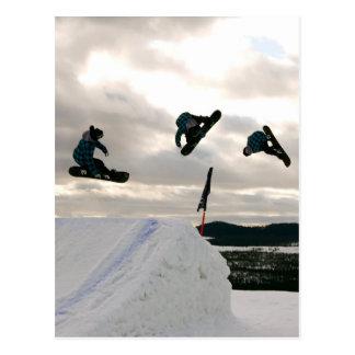 La snowboard engaña la postal