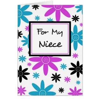 La sobrina colorida de las flores le agradece tarjeta de felicitación