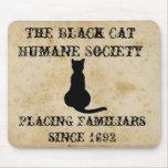 La sociedad humana del gato negro tapete de raton