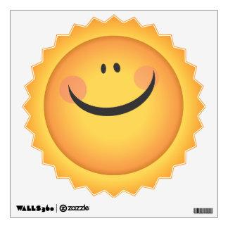La sol Smiliey Sun hace frente a la etiqueta de la