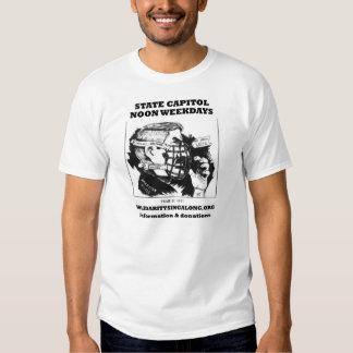 La solidaridad canta a lo largo de la camiseta playera