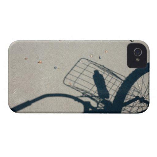 La sombra de una bicicleta con una botella de agua Case-Mate iPhone 4 carcasa