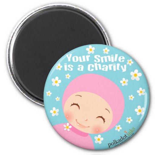 La sonrisa es un imán de la caridad