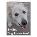 ¡La sonrisa, perro le ama! Tarjeta