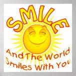 La sonrisa y el mundo sonríe con usted (2) posters