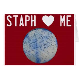 La staph me ama rojo tarjeta de felicitación