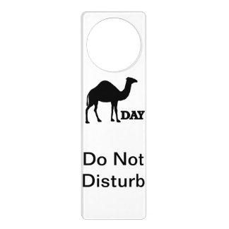La suspensión de puerta del día de chepa no pertur colgadores para puertas