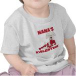 La tarjeta del día de San Valentín de Nana del per Camisetas