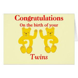 La tarjeta del nacimiento de los gemelos de la enh