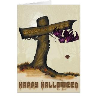 la tarjeta frecuentada de Halloween del bosque