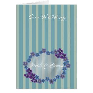La tarjeta moderna de la invitación del boda añade