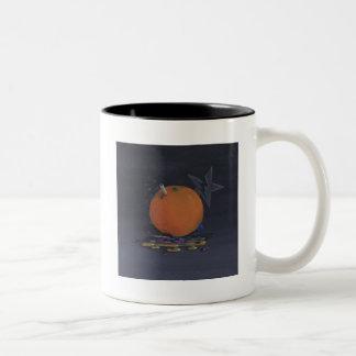 la taza anaranjada