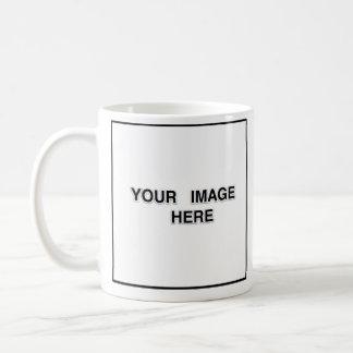 La taza blanca imprimió ambos lados
