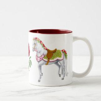 La taza color de rosa del caballo