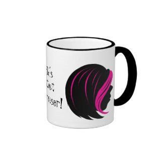 La taza de café más grande del aparador del pelo d
