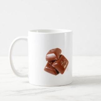 La taza de cerámica de tres grupos de alimentos