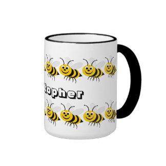La taza de la abeja de la miel apenas añade nombre