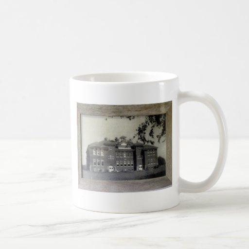 La taza de la escuela vieja