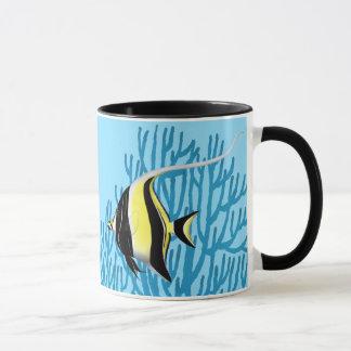 La taza de los pescados del filón del ídolo del