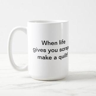 La taza de Quilter de los pedazos