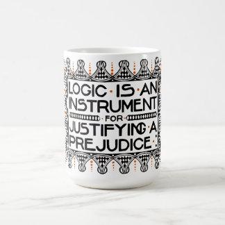 "La taza del lema de Roycroft, ""lógica es un instru"