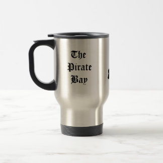 La taza del viaje de la bahía del pirata