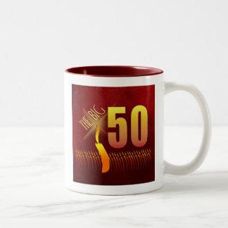 La taza grande de 50 cumpleaños