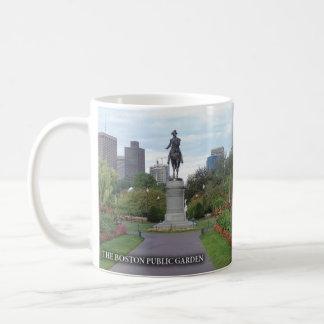 La taza histórica del jardín público de Boston