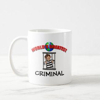 La taza más grande de los mundos criminales