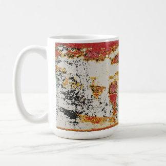 la taza más vieja de la fotografía del color