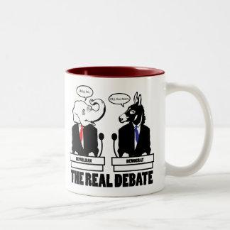 La taza real del discusión